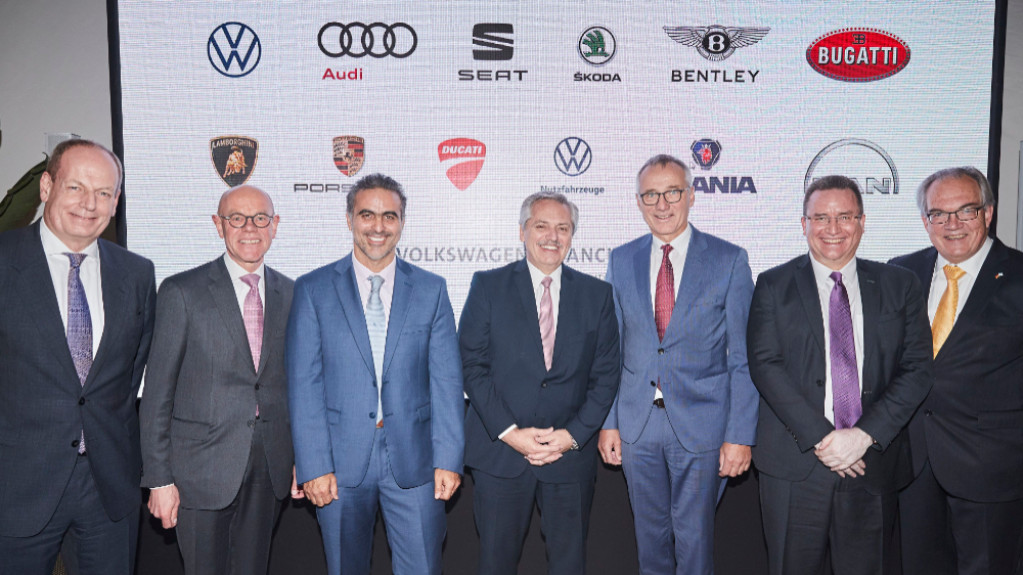 You are currently viewing Grupo Volkswagen confirma investimento de US$ 800 milhões na Argentina