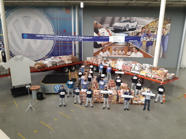 Empregados da VW arrecadam mais de 37 toneladas de alimentos no Paraná