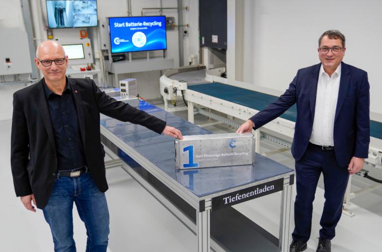 Divisão de Componentes do Grupo VW começa a reciclar baterias